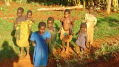 Barn i Biharu